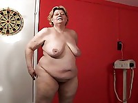 Mature BBW Tamara Creamed In Her Fat Old Pussy At The Gym